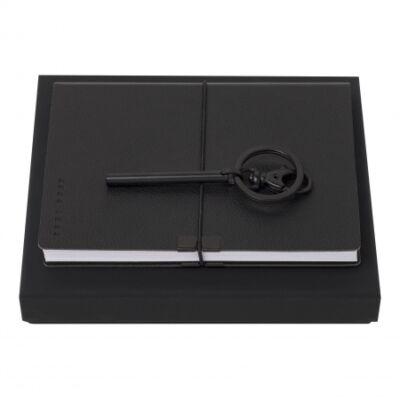 Hugo Boss ajándékszett. Jegyzetkönyv és kulcstartó, díszdobozban.