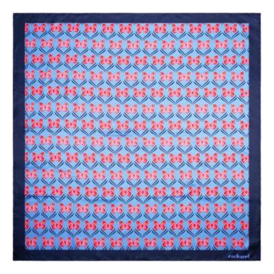 Cacharel Pontia vegan selyem kendő, kék színben (90x90 cm), díszcsomagolásban