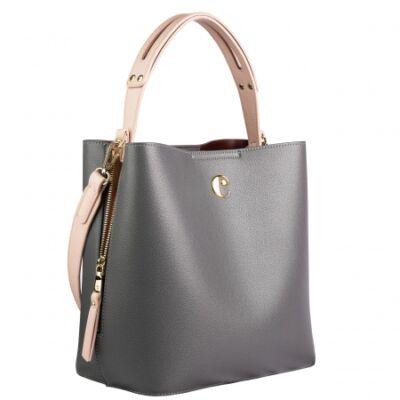 Cacharel bőrhatású dupla táska (kivehető belső résszel, amely piperetáskaként vagy kis válltáskaként külön használható), mérete: 28x16,5x28 cm
